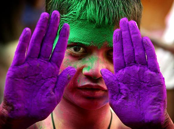 K.L.V.: Colours of Holi