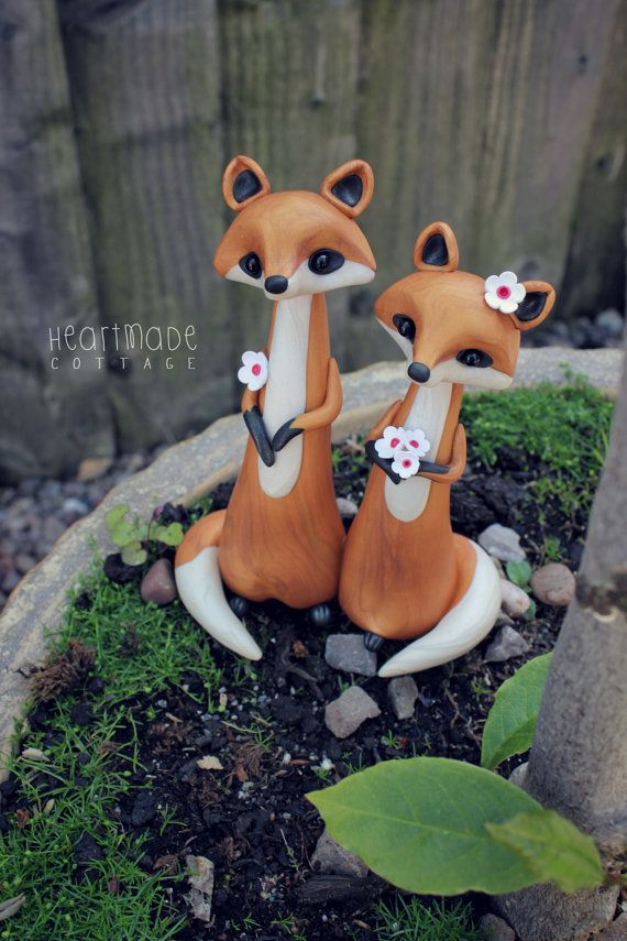 LOVE FOXES * Fox Wedding Cake Topper - personalized animal clay cake topper and keepsake for woodland rustic and chic wedding theme