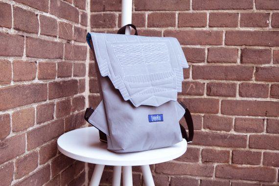 Sac à dos léger hipster gris sac à dos sac à dos cyclisme sac tous les jours petit mini sac à dos Zurichtoren géométrique simple minimaliste sac à dos