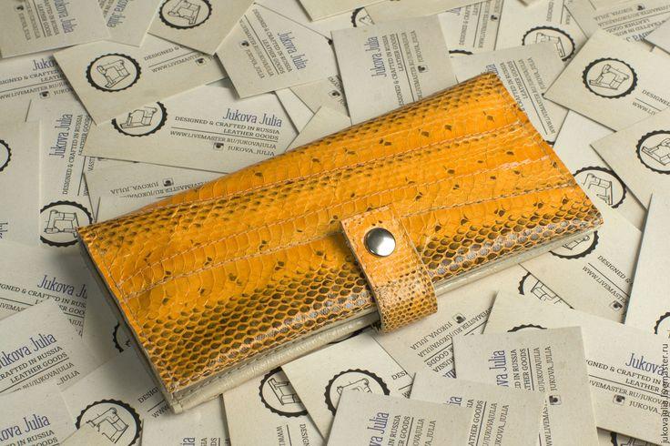 Купить Кошелек из натуральной кожи змеи апельсиновый желтый кожаный оранжевый - оранжевый, кошелек змея