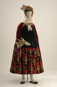 traditional costume of skopelos