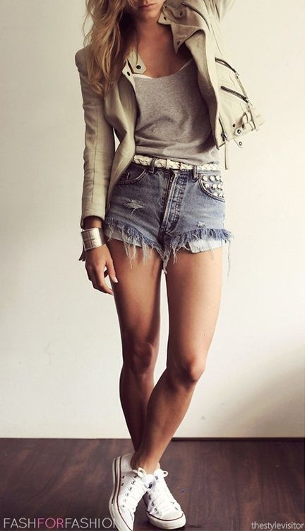 The Cream Leather Is Real Unexpected, Gorge Outfit! /// Spring Fall Outfits Teen Summer Fringe Shorts Converse Moto Jacket Braided White Belt Hot