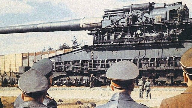 Rare Footage of The Biggest Gun In History Used in Combat Shooting its GIANT Bullets | Alpenin
