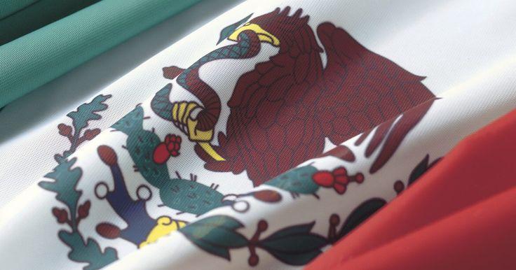 Top 10 mexicanos que marcaron historia. Hablar de grandes personalidades en México es exponerse a una inmensa constelación de figuras que incluye hombres y mujeres destacados en casi todas las áreas del pensamiento y la cultura. El país azteca ha dado lugar a personajes que son entrañables para todos los latinoamericanos, e incluso para gente de otras latitudes. Con una exuberante ...