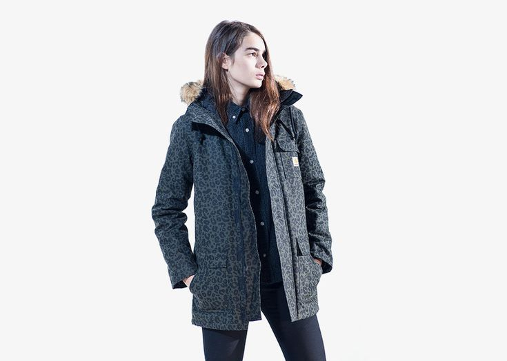 Carhartt WIP / woman dark green leopard hooded jacket / dámská zimní bunda – tmavě zelená, leopardí vzor  #carhartwip #winter #jacket #hooded #parka #bunda #zimni #leopard