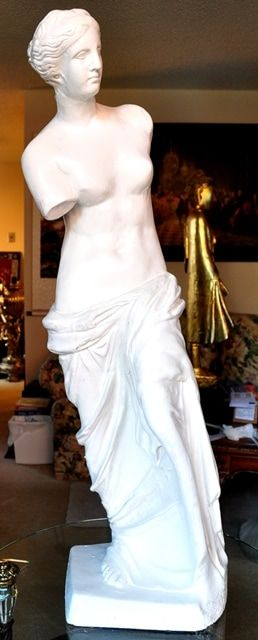 Venus de Milo plaster sculpture
