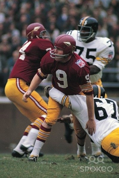 Sonny Jurgenson (9) 1969 Washington Redskins, before somebody went crazy and changed their uniforms.