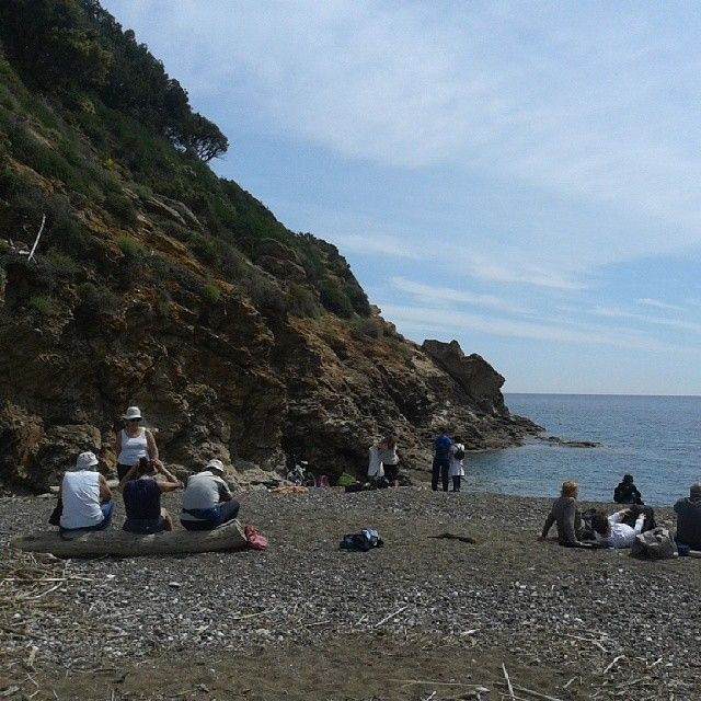 #ShareIG #relax sulla #spiaggia di #Ortano #RioMarina prima di riprendere #walkingfestival #Lacostachebrilla #isoladelba #elbaisland #elba200 #tuscany #IloveElba #ILoveitaly