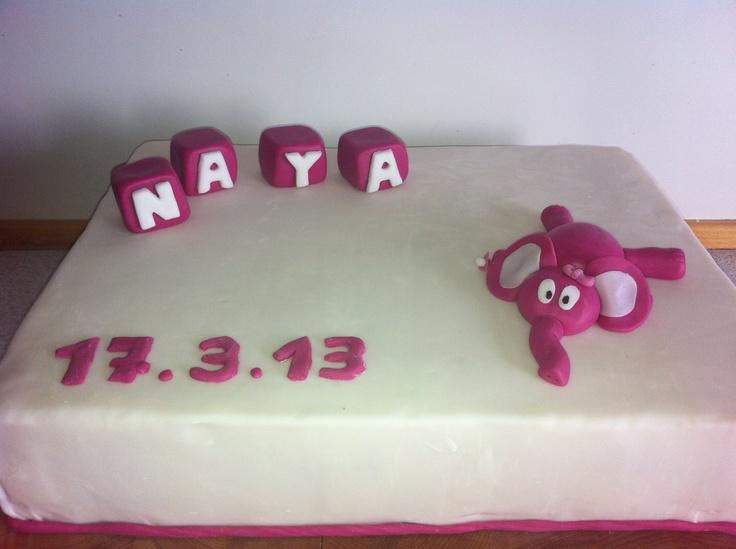 Dåbskage til Naya