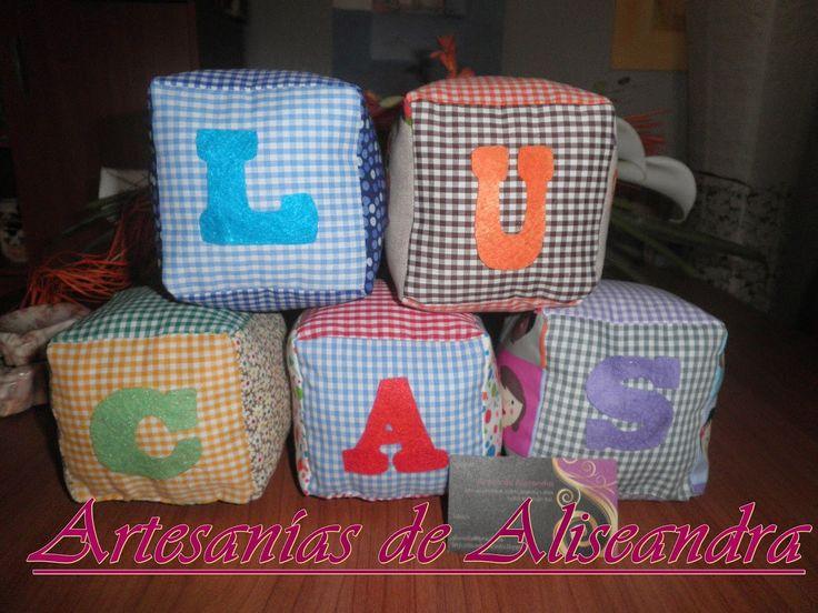 El Rincón de Aliseandra: Cubos infantiles de tela