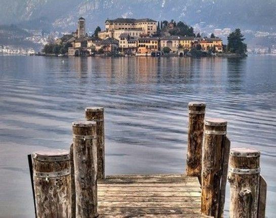 Ιταλια: Ανοιξη στις λιμνες.