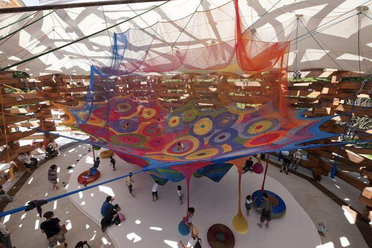 Duduá: Parque infantil de ganchillo de Toshiko Horiuchi
