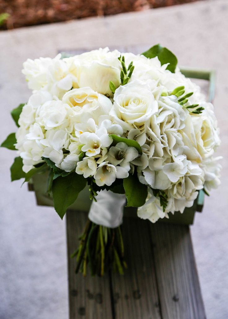 A Simple Clic Bouquet In White W Accents Greens
