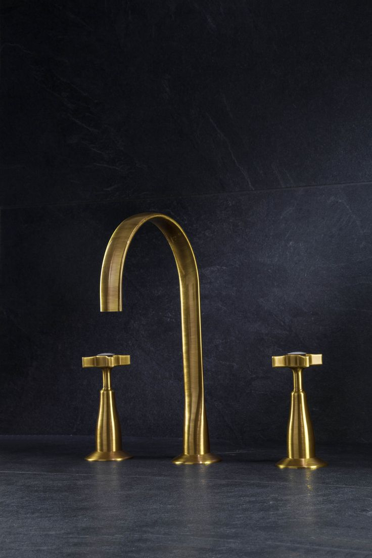 Brass sink taps bathroom - Beautiful Brass Taps In The Latest Contemporary Styling With A Traditional Twist Included Are Brass Basin Bath Taps Matching Shower Fittings