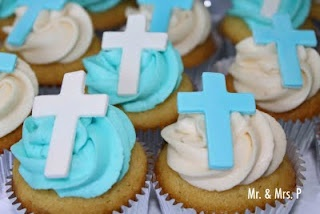 Cupcakes: Robbie Baptisms, Baptisms Ideas, Parties Ideas, Christian Easter Cupcakes, Christening Cupcakes, Baptisms Cupcakes, Cups Cakes, Cupcakes Rosa-Choqu, Crosses Cupcakes