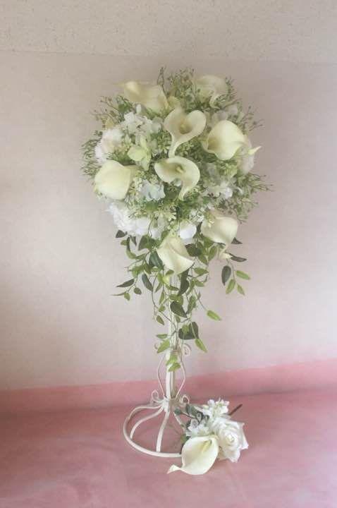 ウエディングブーケ、花冠のご注文を承ります。 式場やお花屋さんよりも格安でお作り出来ます!!節約出来ますよ(*^^*) 形やお花の種類によって少し料金が異なるのでコメント欄からお問い合わせ下さい(^-^)/ お時間を少しいただきます。 素材はアーティフィシャルフラワーという造花で作っています。高品質な造花になります(^^) 写真はサンプルです。表示価格とは異なる場合があります。 ブーケ 花冠 花飾り ウエディング 結婚式 ブライダル リストレット 送料は別途900円〜になります。 オーダーブーケ 造花 アーティフィシャルフラワー ブーケ トスブーケ ウエディングブーケ 花嫁 ウエディング 結婚式 花冠 ウエディングドレス リストレット カラーブーケ プレ花嫁 結婚準備 髪飾り ヘッドドレス ラプンツェル カラードレス ウエディングドレス 花嫁ヘア クラッチブーケ バックブーケ 海外ウエディング リゾートウエディング