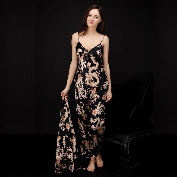 les 25 meilleures id es de la cat gorie pyjama de soie sur pinterest lingerie pyjama sexy et. Black Bedroom Furniture Sets. Home Design Ideas