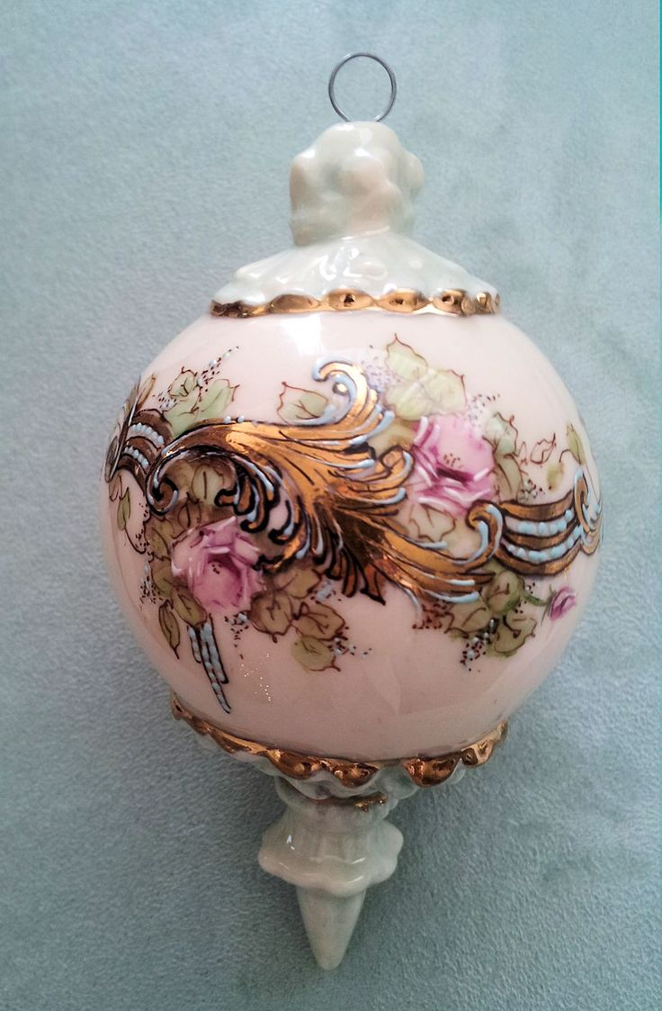 December 2014 China Painted Porcelain By Adele Holt, Burlington Nc In  Diane Guinn's Collection · Tartan Christmaspink Christmaschristmas  Ballschristmas