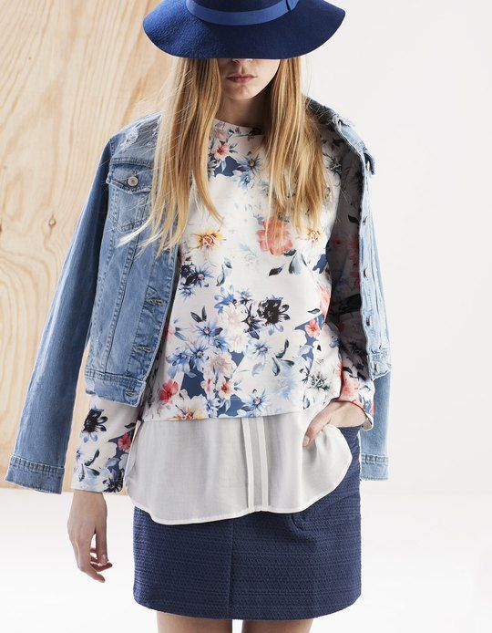 Layered floral top - T-SHIRTS - Stradivarius United Kingdom