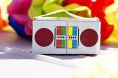 DIY animal cracker boom box. Download box pattern from nick jr.