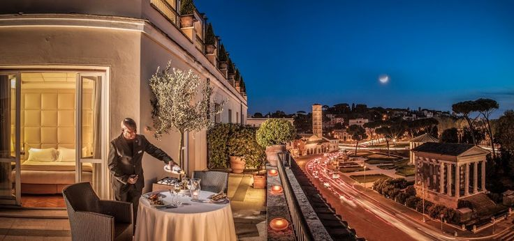 Are you ready for a #romantic #dinner in #Rome  ?  #holidays   #italy   #italianfood   #italiancooking