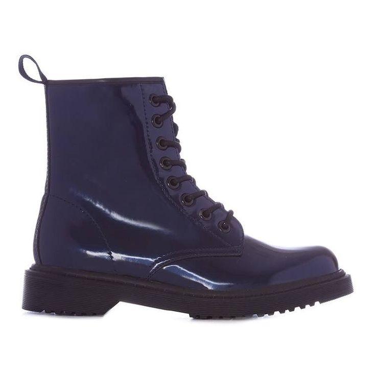 Bota metalizada con cordones  Categoría:#botas #primark_mujer #zapatos_mujer en #PRIMARK #PRIMANIA #primarkespaña  Más detalles en: http://ift.tt/2DE88P0
