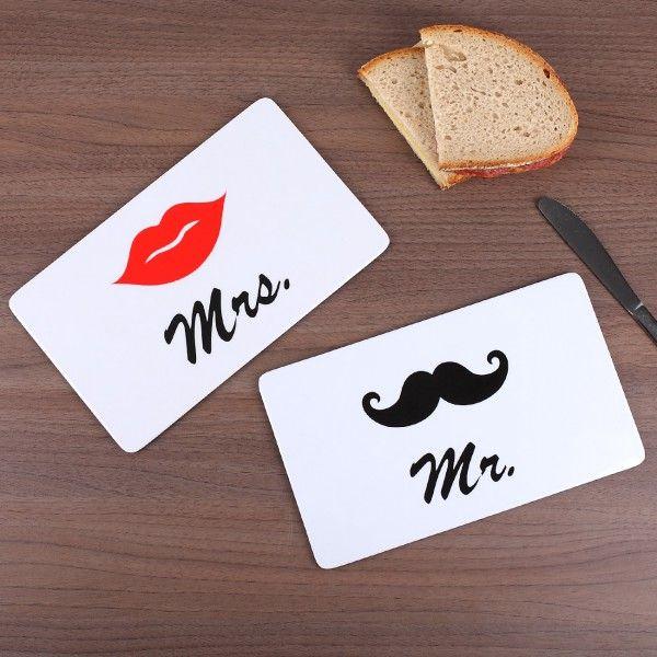 Frühstücksbrettchen im Mr. und Mrs. Design