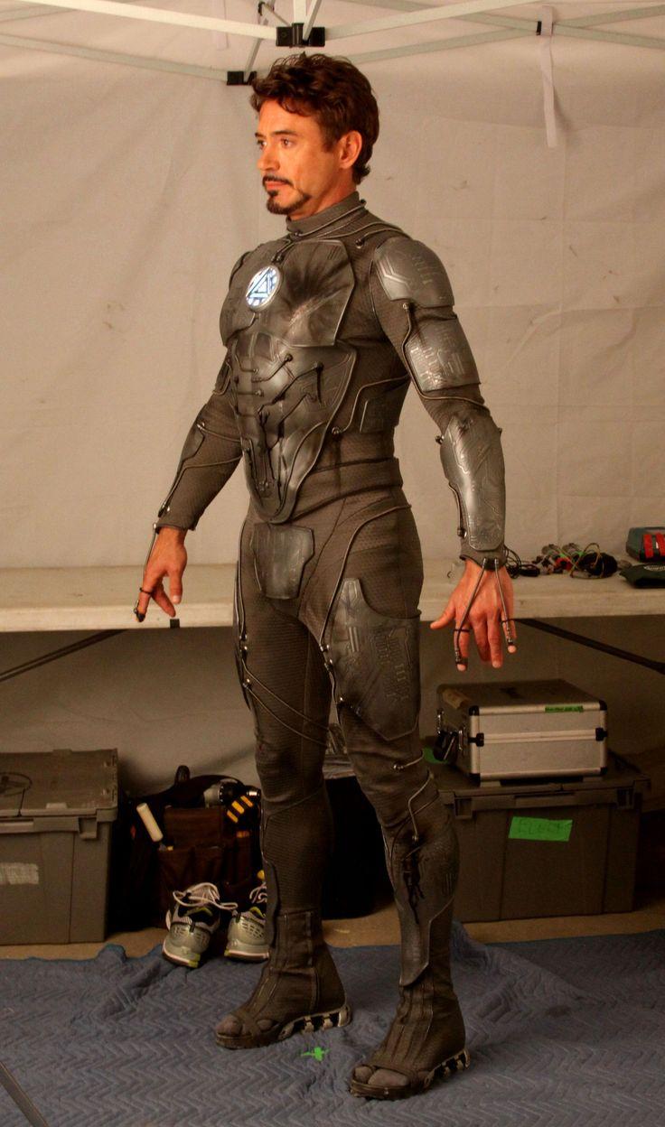 Quelle est cette armure que porte Tony Stark sur cette photo