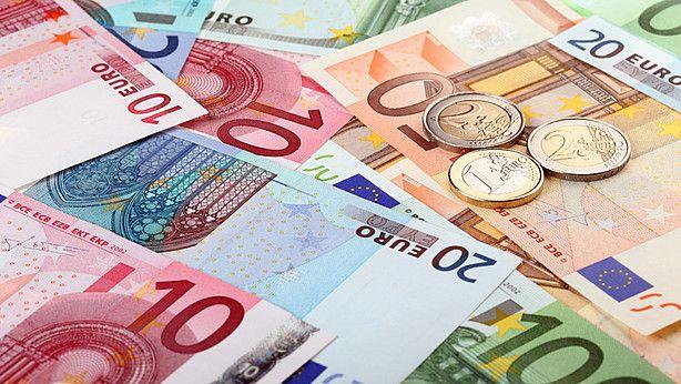 Pas op: man fraudeert met nepgeld - Alerts - Opgelicht?! - AVROTROS programma over oplichting en fraude en bedrog