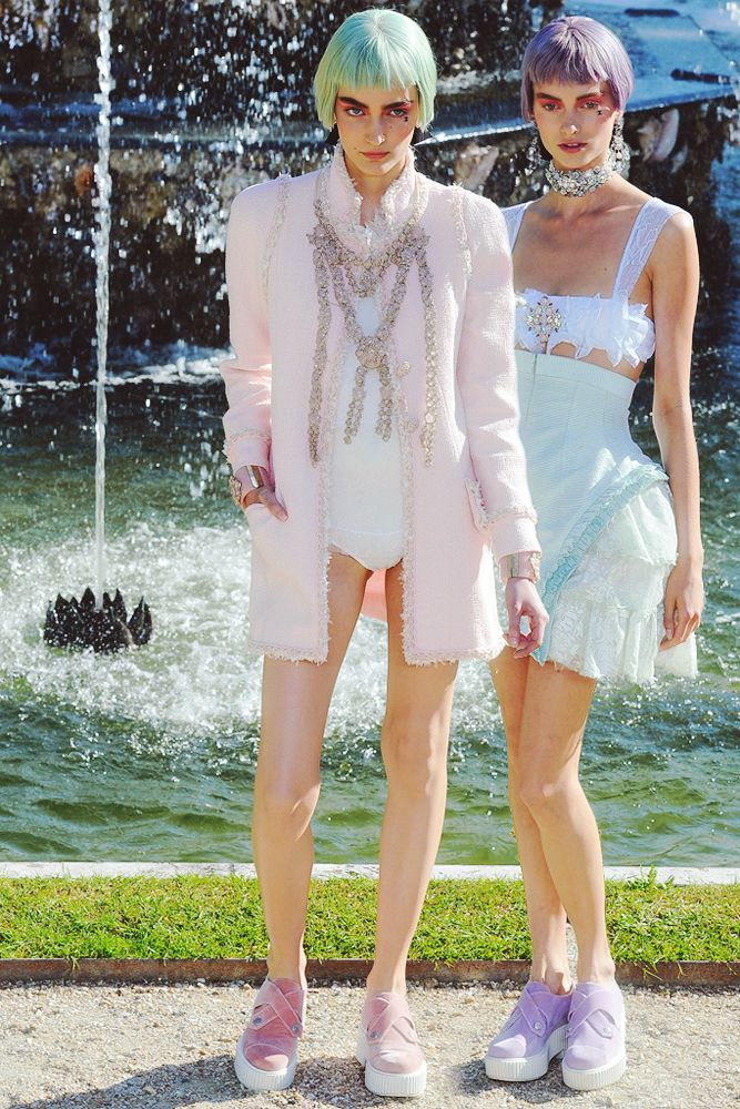 PASTELS: 2013 Chanel, Chanelresort 2013Runway, Fashion Style, Chanel Dreams, Chanel Everythaang, Resorts 2013, Amenities Fashion, Chanel Resorts, Chanel Wwwstylecom