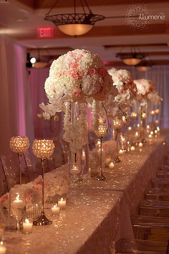 Gold and pale pink wedding colors... So pretty!