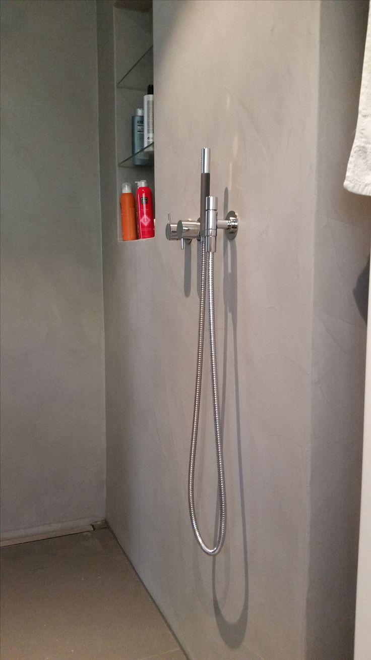 dusche fugenlos crearev msm 103 von beton2 boden gefliest mit ablaufrinne ausfhrung beton work - Corian Dusche Osterreich