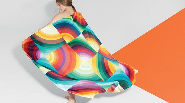 カレ・ジェアン ツイル・プリュム 《マルセリーナ》、デザイン: ナタリー・リシュ=フェルナンデス - 《SILK KNOTS》アプリで、エルメスのカレをもっと楽しく! #Hermes #Silk #SilkKnots