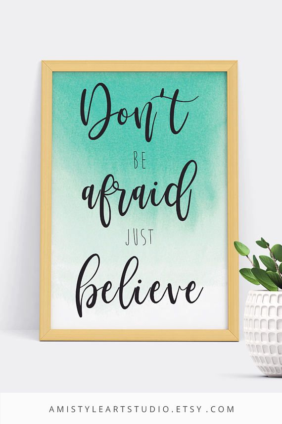 Printable wall art - Don't be afraid just believe - lettering with a mint watercolor background by Amistyle Art Studio on Etsy