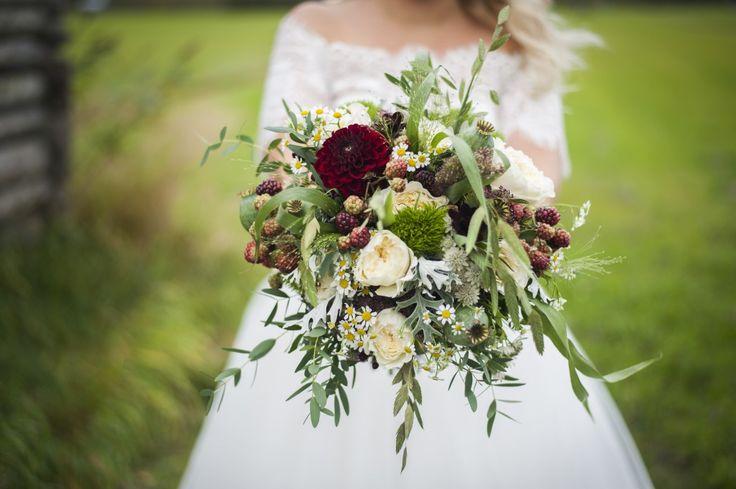 FLOWERS Pernilla + Oscar Wedding Photographer Finland | Hanna-Madeleine Photography | FOTOGRAF i Jakobstad och Åbo