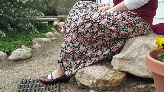 Modest Tiered Black-and-pink floral Japanese poplin Skirt