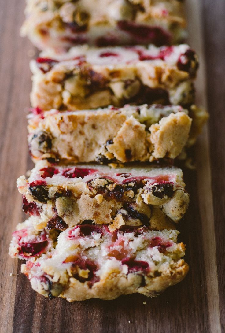 Holiday Cranberry Cake by thekitchn #Cake #Cranberry