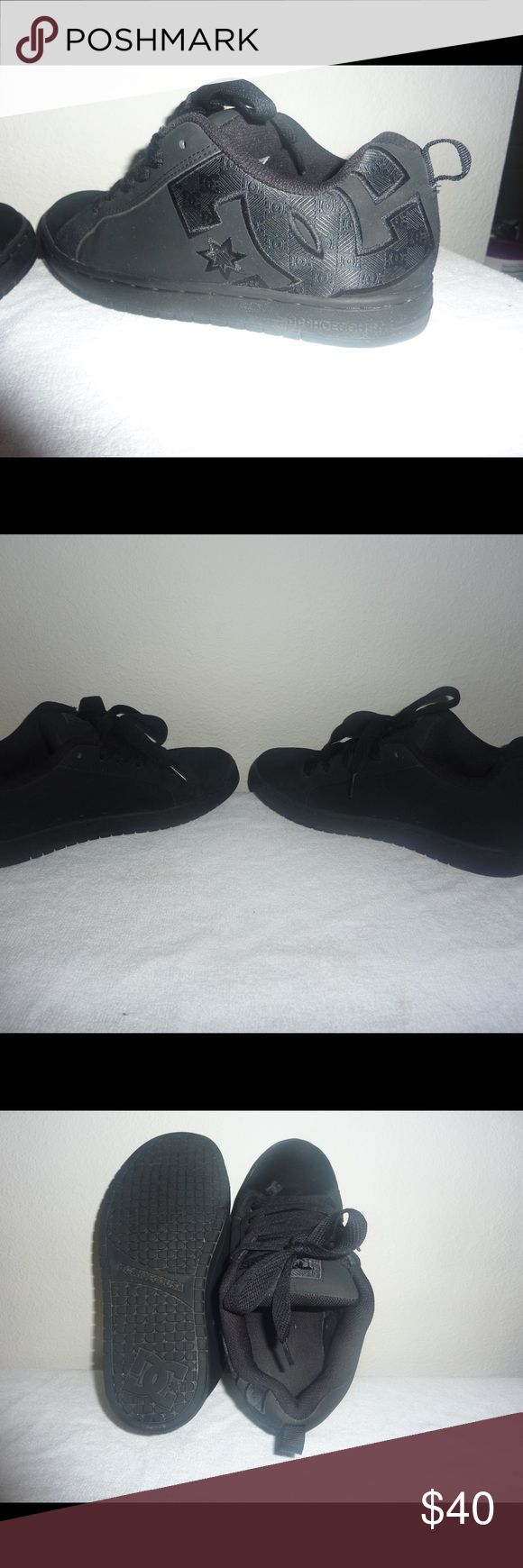 DC Sneakers in all black--size 8.5 **Normally $60 Black DC Sneakers in fantastic condition. These DC's were barely worn and have no flaws. The tread is almost new. Brand new these are usually $60.00. Going for $40, well worth the price. Size 8.5 in Mens. DC Shoes Sneakers