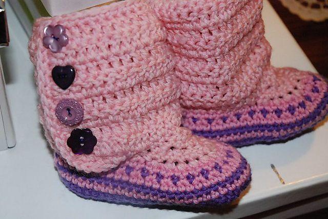 Imitation Ugg Boots. Crochet, free pattern
