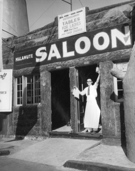 1933: The Malamute Saloon was the first saloon to open in Los Angeles after the repeal of prohibition.