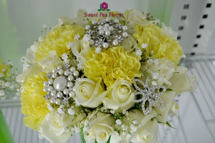 Brooches. Roses Carnations Baby breath