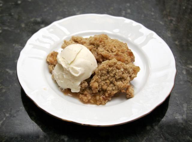 Rhubarb Crisp Dessert Recipe with Oat Crumb Topping