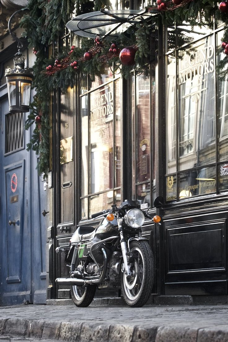 Moto guzzi 750 s3 1975 vendre chez legend motors lille