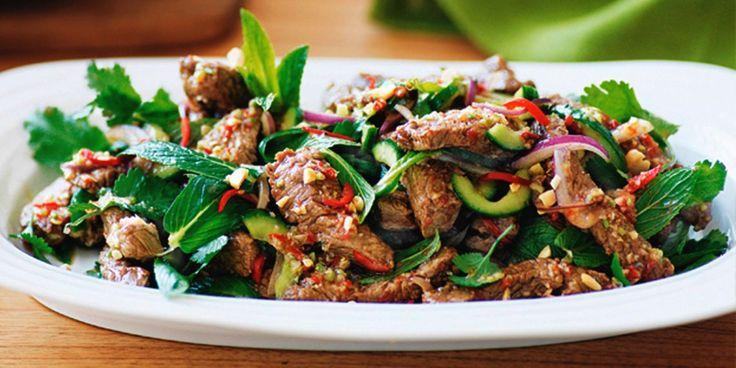 10 салатов для тех, кто любит мясо - Лайфхакер