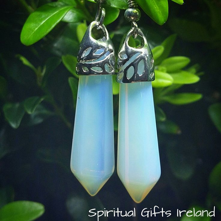 These milky iridescent Opalite earrings are a great boost for those of you feeling stuck, tired and low in energy. Opalite ignites feelings of optimism, enthusiasm and creativity. It assists in transitions of all kinds and can be especially useful in situations requiring change and adaptability. Wear these earrings during your meditations to induce vision, insight and clairvoyance. Follow us on : www.facebook.com/spiritualgiftsireland www.instagram.com/spiritualgiftsireland…