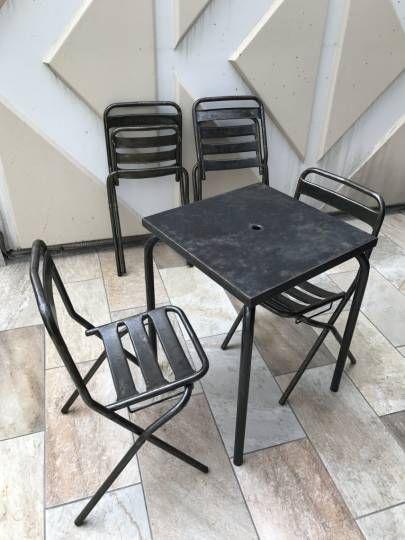 les 25 meilleures id es de la cat gorie chaises pliantes sur pinterest bancs de parc chaise. Black Bedroom Furniture Sets. Home Design Ideas