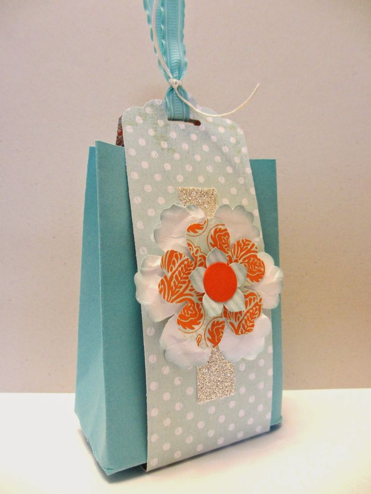 Scalloped tag topper punch to create a wrap. Cute way to hold a bag closed