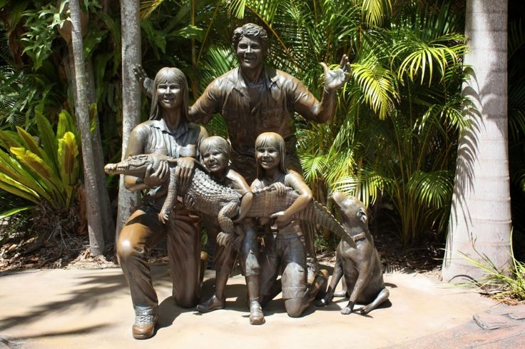 15памятников семье— самому ценному вжизни. Бирва, штат Квинсленд, Австралия.