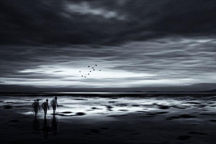 Requiem for a Dream by Ausadavut Sarum