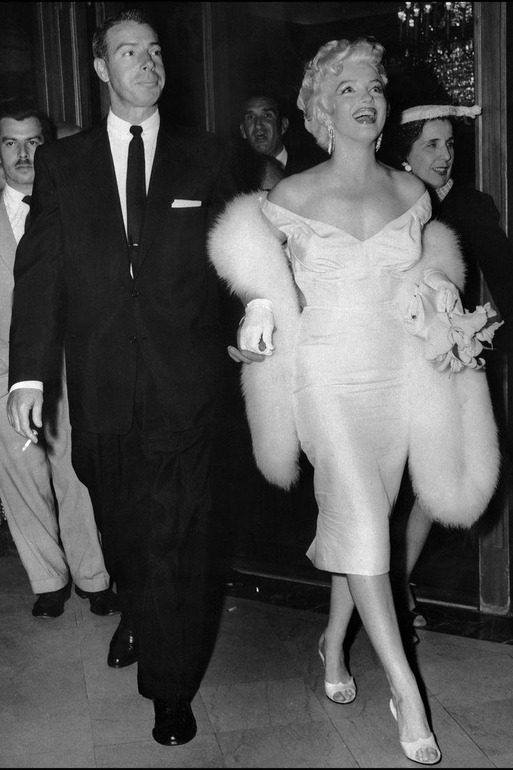 Joe Dimaggio and Marilyn Monroe - HarpersBAZAAR.com